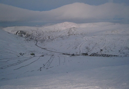 Across to sunnyside from top of Cairnwell T-Bar. Very nice run, especially at the top