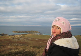 Lucy, summit of Iona 'DUN I'